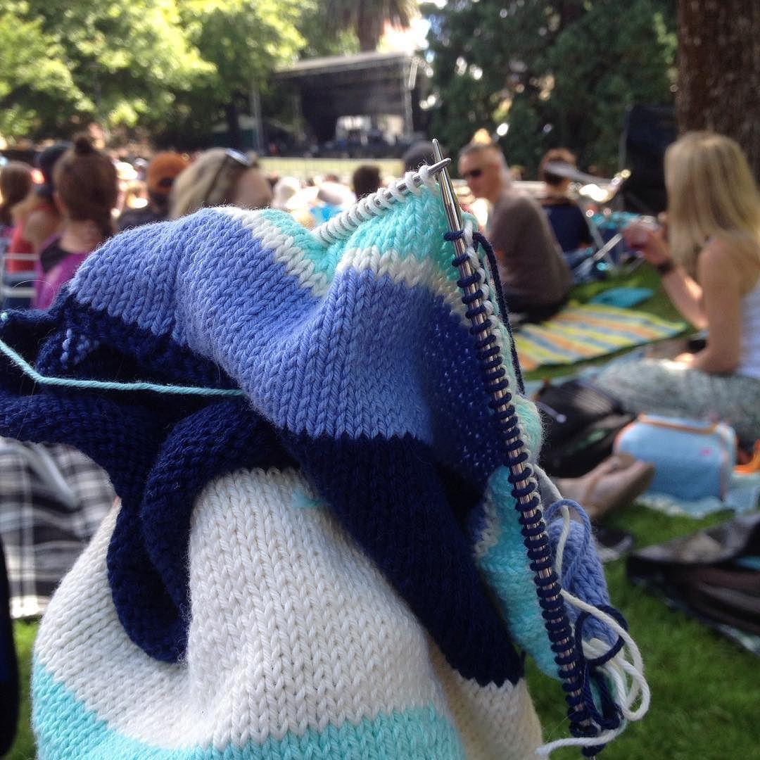 Knitting Websites Australia : Summer knitting in the park australia day so lucky to